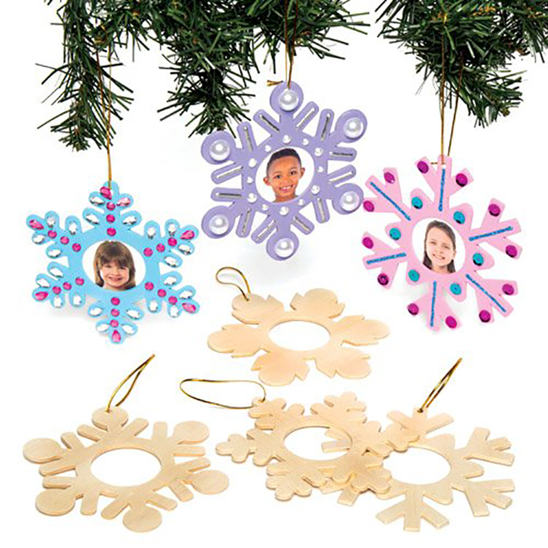 Xmas Hanging Decorations for Kids to Make and Paint