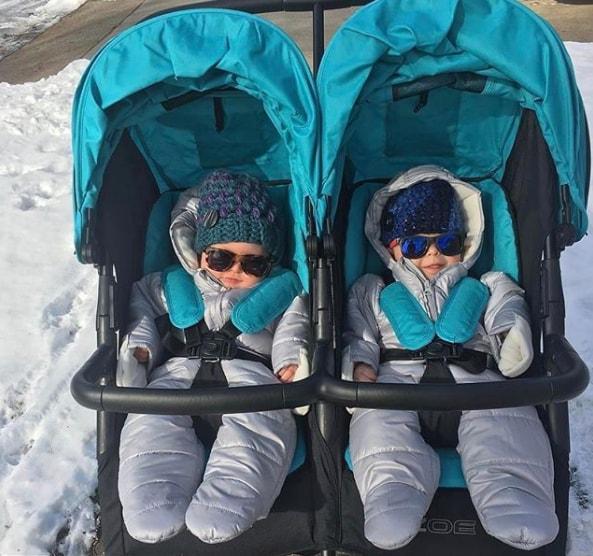 babies in ZOE Umbrella XL2 Double Stroller aqua