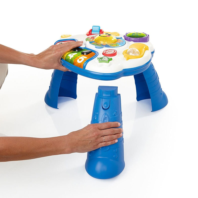 Play tables with removable legs